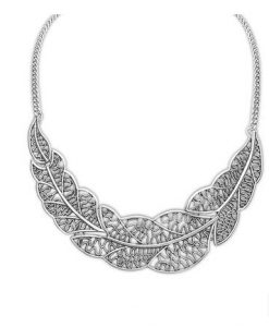 Zinc Alloy Leaves Pendant Necklace
