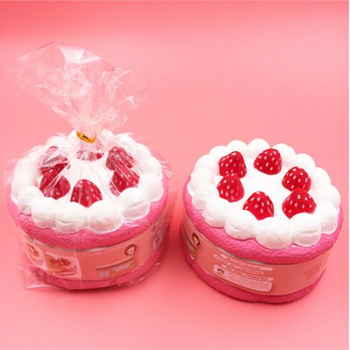 12 CM Squishy Strawberry Cake Toy